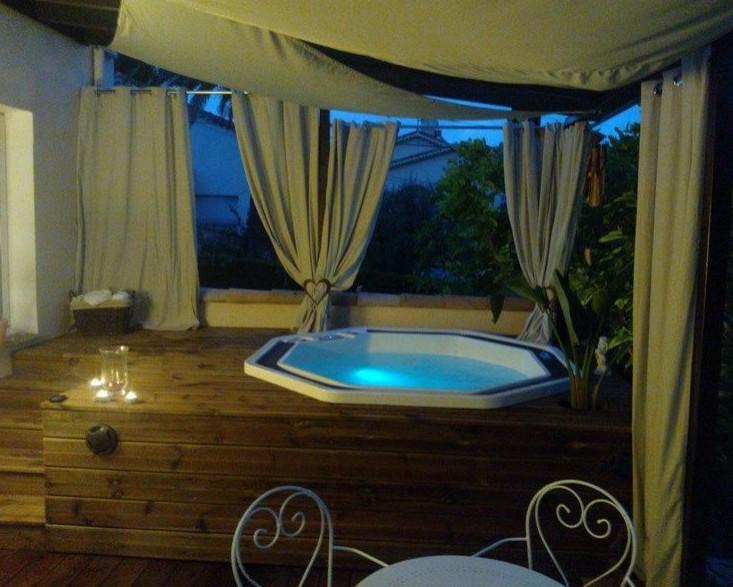 M a piscine spa sauna hammam for Technicien piscine suisse