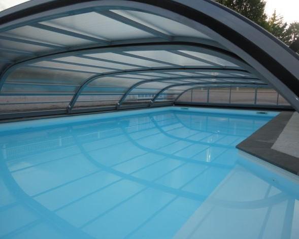 M a piscine constructeur de piscines individuelles - Piscine aqualude montbrison ...